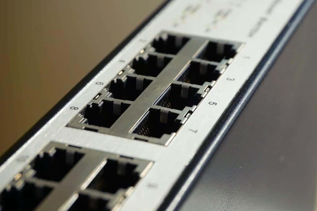 Managed vs Unmanaged Switch
